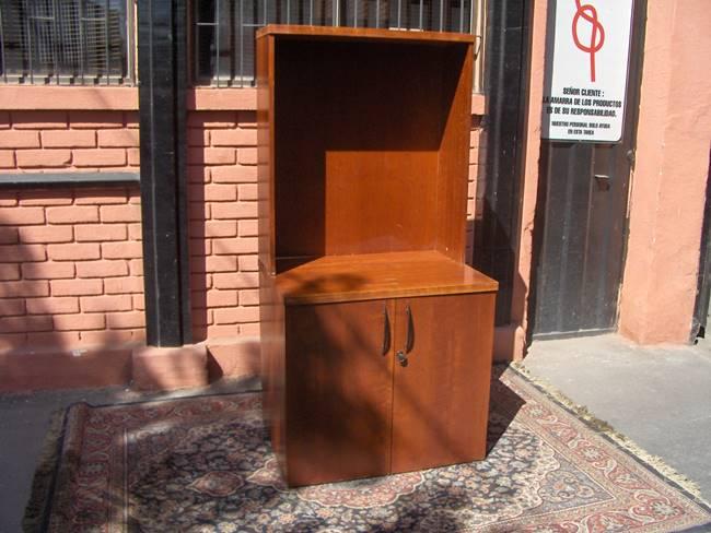 id 1615 biblioteca de madera usada precio $ 60 000 iva biblioteca de