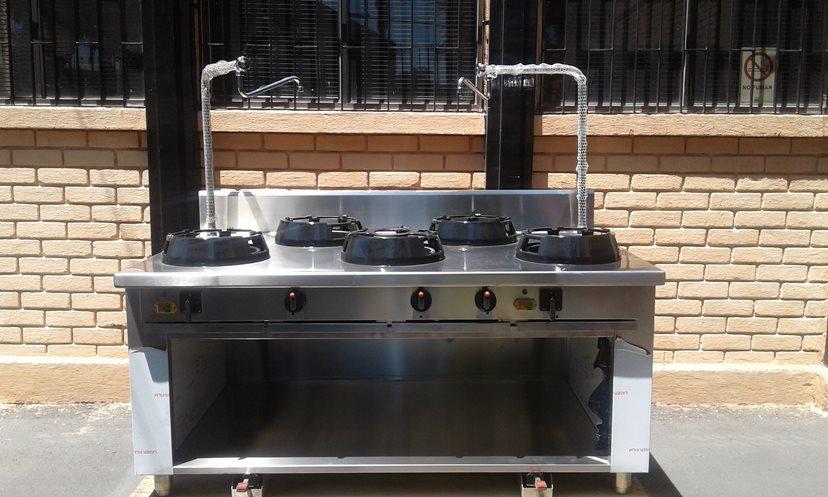 Cocina Industrial   Acero Inoxidable   Casta SRL   Italiana   5 Platos    Usada – ChileRemates.cl 8f9332059bb5