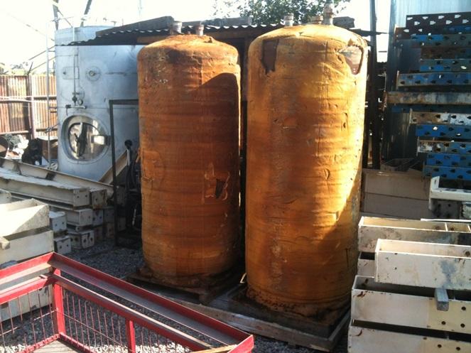 Estanque acero carbono 800 lts aprox usado for Estanque de plastico precio