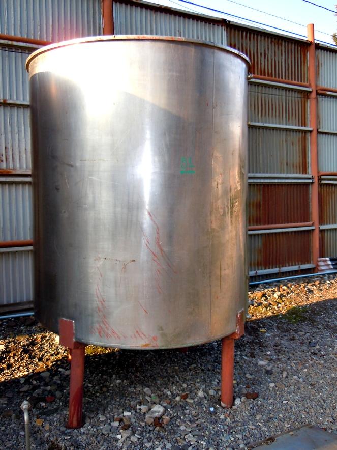 Estanque acero inox groen litros con agitador for Estanque 2500 litros