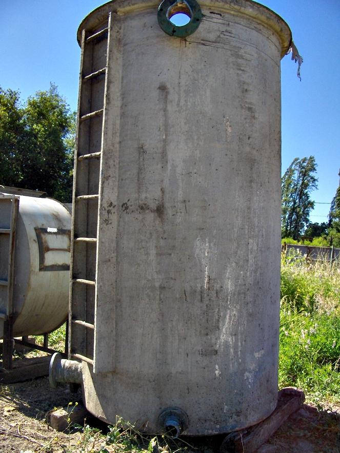 Estanque fibra de vidrio vertical litros aprox for Estanques de fibra