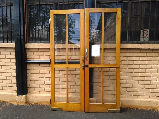 Set de 2 puertas madera con vidrio usadas - Puertas usadas de madera ...