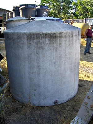 Estanque fibra de vidrio litros aprox di metro 2 for Estanque de agua 5000 litros